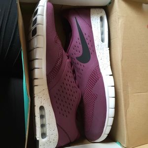 Nike Shoes - New Nike SB Eric Koston 2 Max Trainers